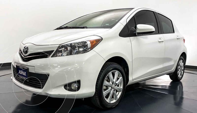 Toyota Yaris 5P 1.5L Premium Aut usado (2014) color Blanco precio $167,999