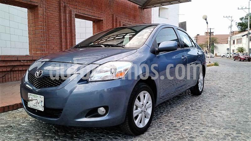 Toyota Yaris Premium Aut usado (2016) color Azul precio $165,000