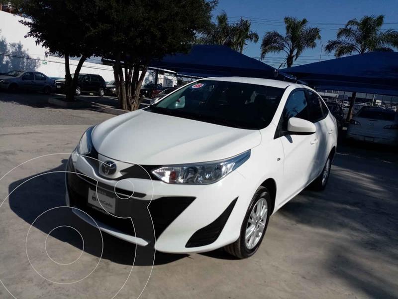Foto Toyota Yaris Core Aut usado (2018) color Blanco precio $212,000