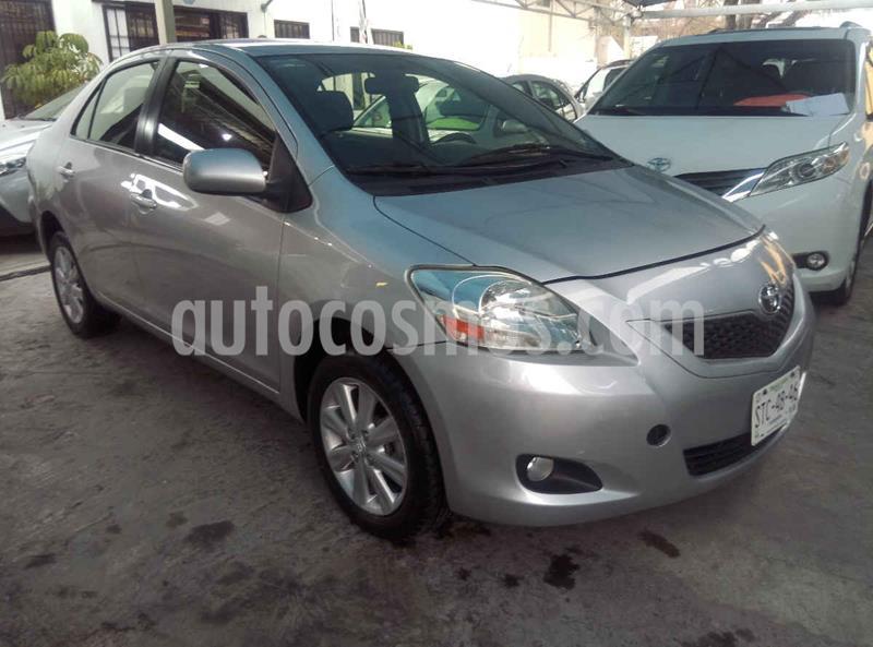 Toyota Yaris Premium Aut usado (2015) color Plata precio $159,900