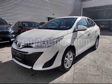 Toyota Yaris 5P 1.5L Core Aut usado (2018) color Plata precio $210,000