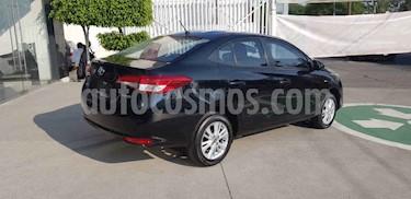 Toyota Yaris Core Aut usado (2018) color Negro precio $215,000