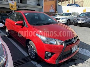 Toyota Yaris 5P 1.5L S usado (2017) color Rojo precio $185,000