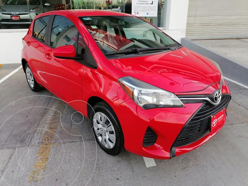 Toyota Yaris 5P 1.5L Core usado (2015) color Rojo precio $155,000