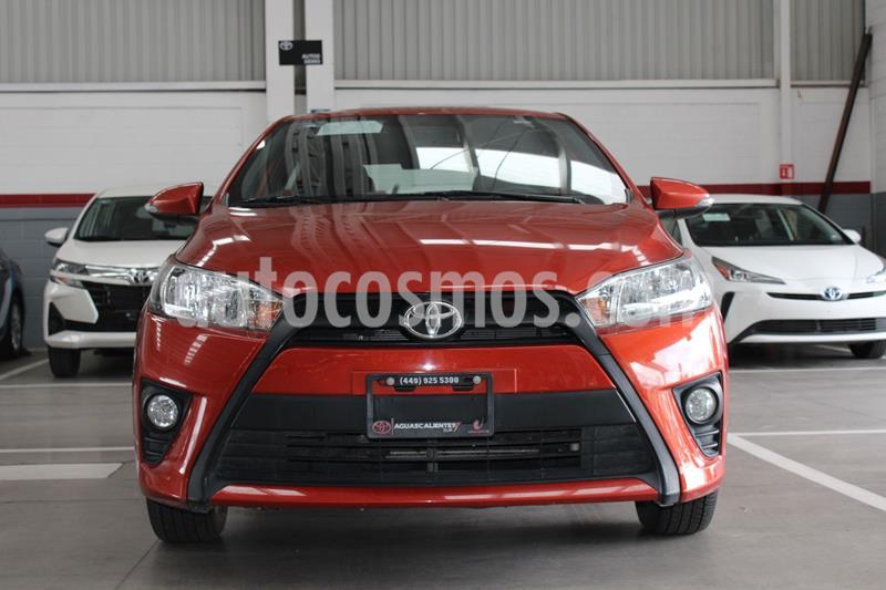 Toyota Yaris 5P 1.5L S usado (2017) color Naranja precio $205,000