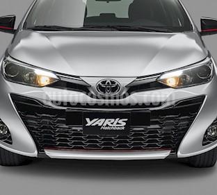 Toyota Yaris 5P 1.5L S Aut nuevo color Blanco precio $282,800
