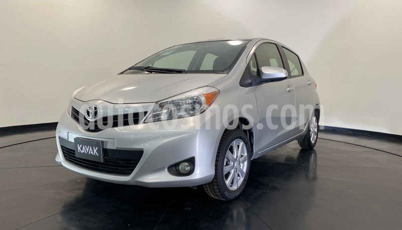 Toyota Yaris 5P 1.5L Premium Aut usado (2014) color Gris precio $144,999