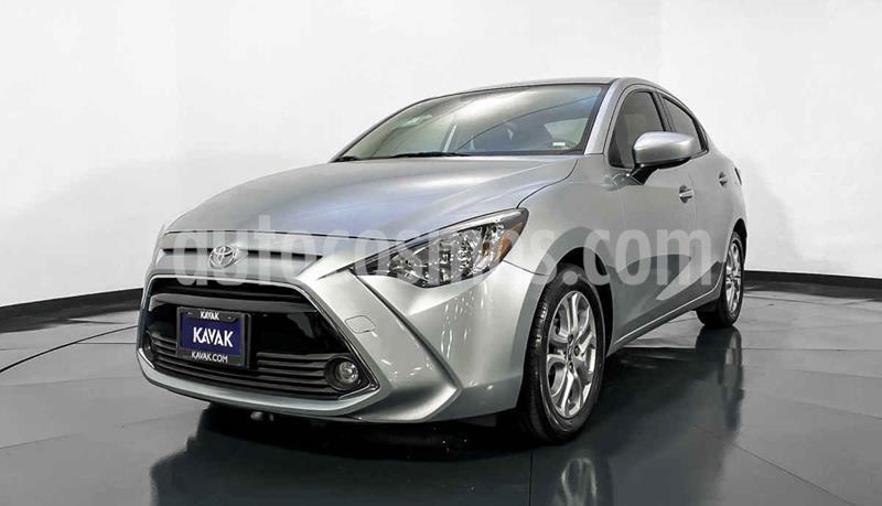 Toyota Yaris XLE Aut usado (2017) color Gris precio $219,999