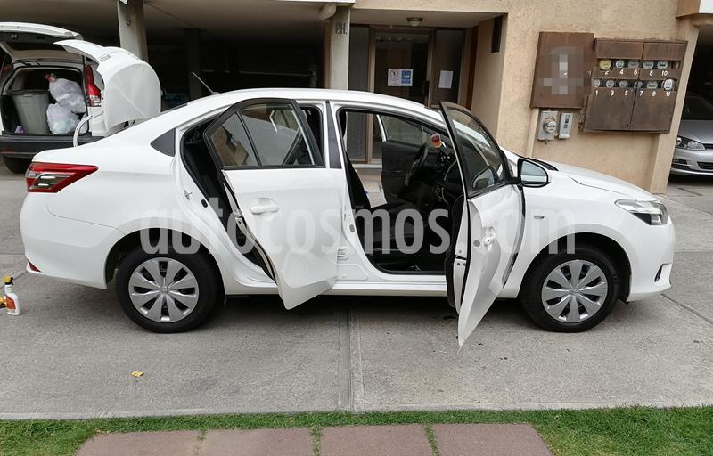 Toyota Yaris 5P 1.5L Core usado (2017) color Blanco precio $158,000