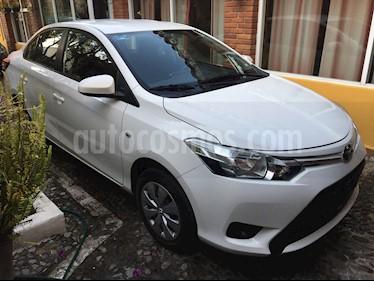 Toyota Yaris 5P 1.5L Core Aut usado (2017) color Blanco precio $175,000