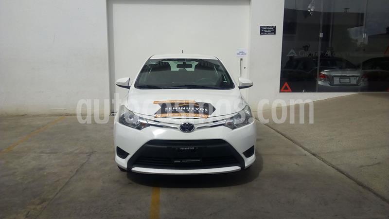 Toyota Yaris 5P 1.5L Core usado (2017) color Blanco precio $183,000