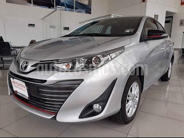 Foto Toyota Yaris 5P 1.5L S usado (2019) color Plata precio $240,000