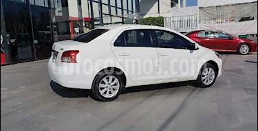 Toyota Yaris Premium Aut usado (2016) color Blanco precio $159,000