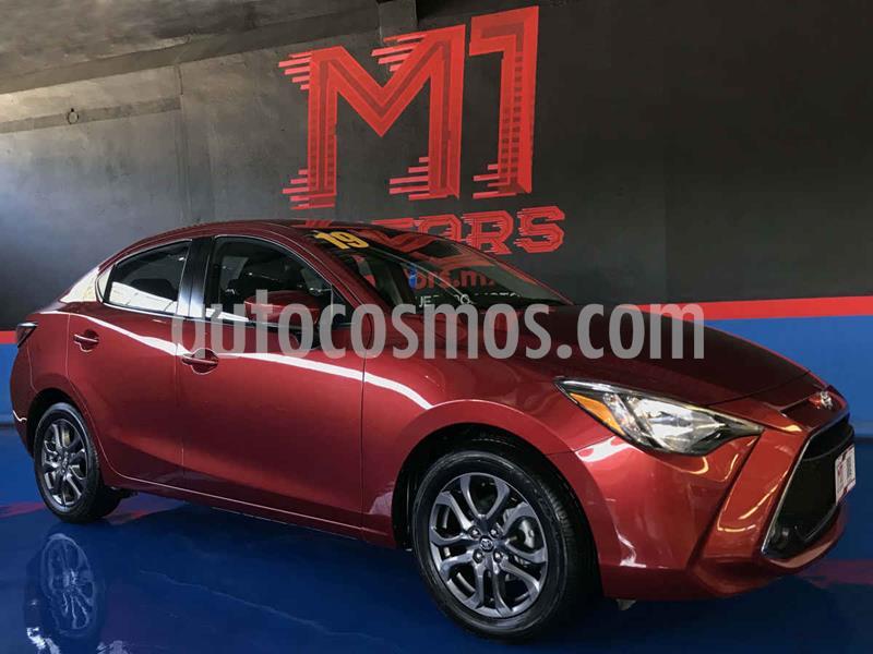 Toyota Yaris XLE Aut usado (2019) color Vino Tinto precio $255,000