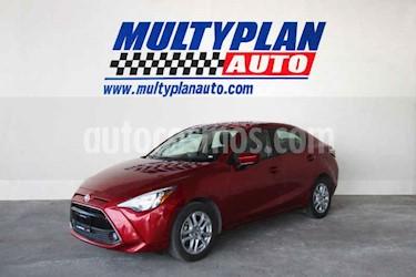 Toyota Yaris LE Aut usado (2017) color Rojo precio $216,500