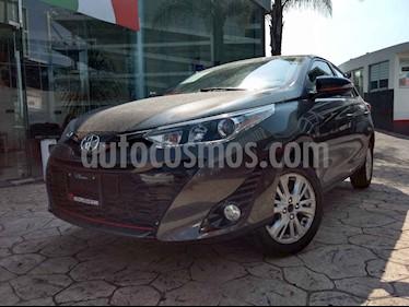 Toyota Yaris 5P 1.5L S Aut usado (2019) color Gris precio $265,000