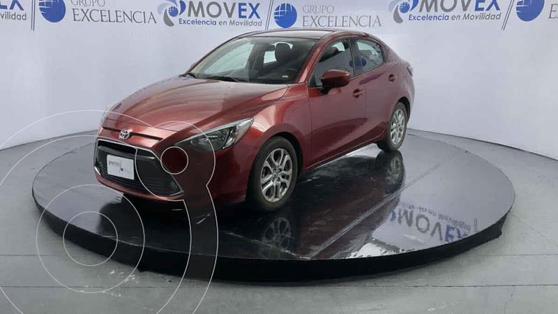 Foto Toyota Yaris XLE Aut usado (2018) color Rojo precio $255,000