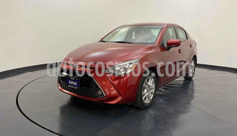 Toyota Yaris XLE Aut usado (2017) color Rojo precio $234,999