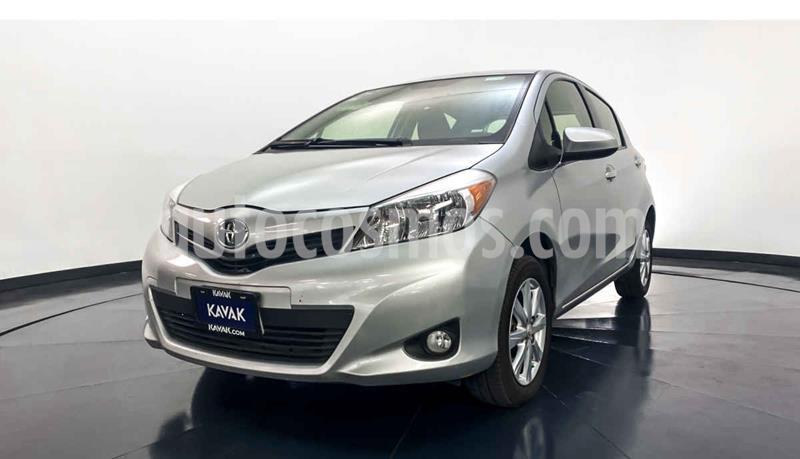 Toyota Yaris 5P 1.5L Premium Aut usado (2014) color Gris precio $157,999