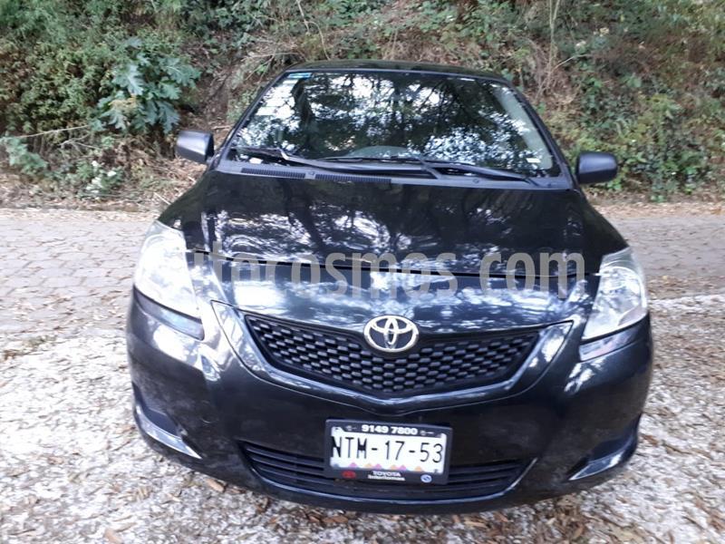 Toyota Yaris 5P 1.5L Core usado (2014) color Negro precio $112,500