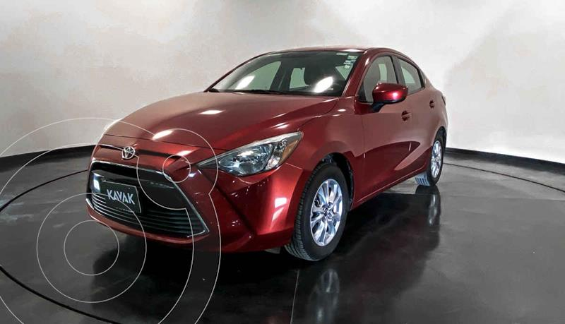 Toyota Yaris LE usado (2017) color Rojo precio $192,999