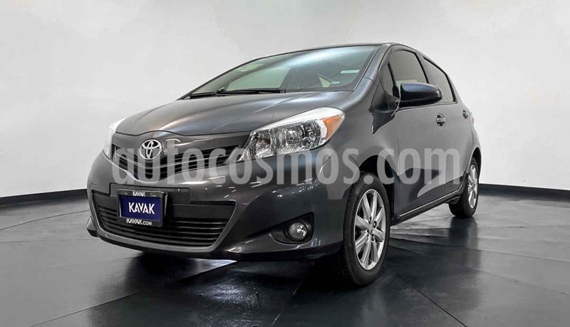 Toyota Yaris 5P 1.5L Premium Aut usado (2012) color Gris precio $134,999