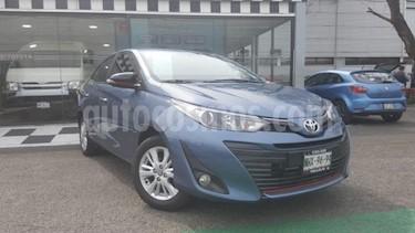 Toyota Yaris 3P 1.3L usado (2019) color Azul precio $235,000