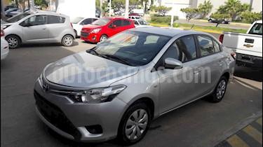 Toyota Yaris 5P 1.5L Core Aut usado (2017) color Plata precio $185,000