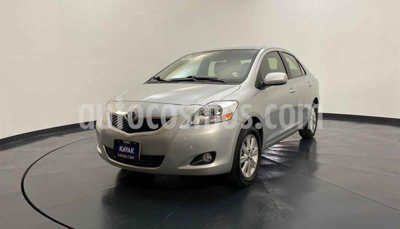 Toyota Yaris Premium Aut usado (2016) color Plata precio $164,999