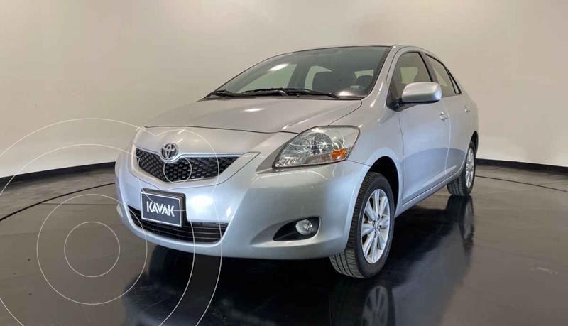 Toyota Yaris 5P 1.5L Premium usado (2015) color Plata precio $147,999