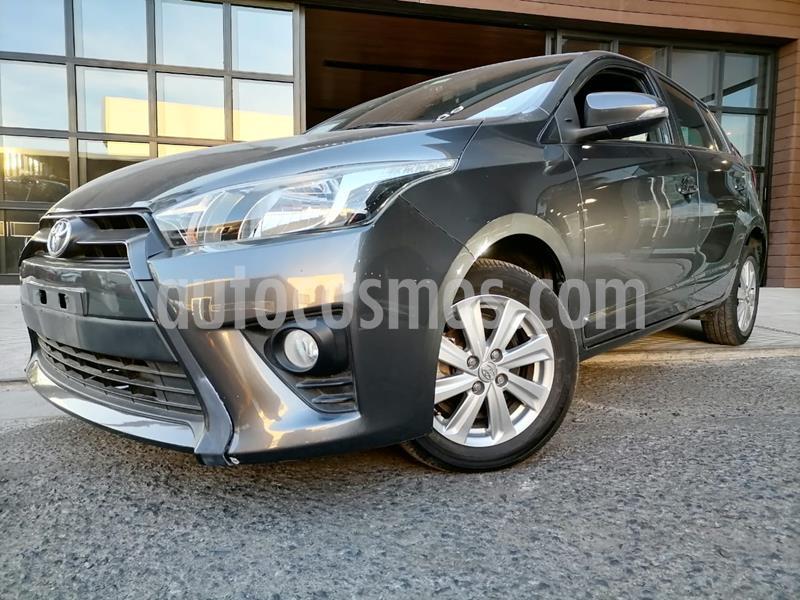 Toyota Yaris 5P 1.5L S Aut usado (2017) color Gris precio $170,000