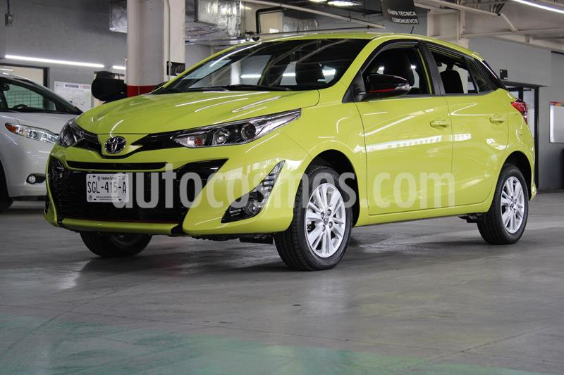 Toyota Yaris 5P 1.5L S usado (2020) color Verde Lima precio $274,900