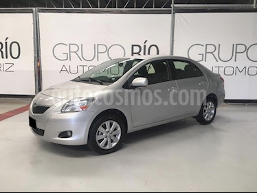 Toyota Yaris 5P 1.5L Premium Aut usado (2016) color Plata precio $155,000