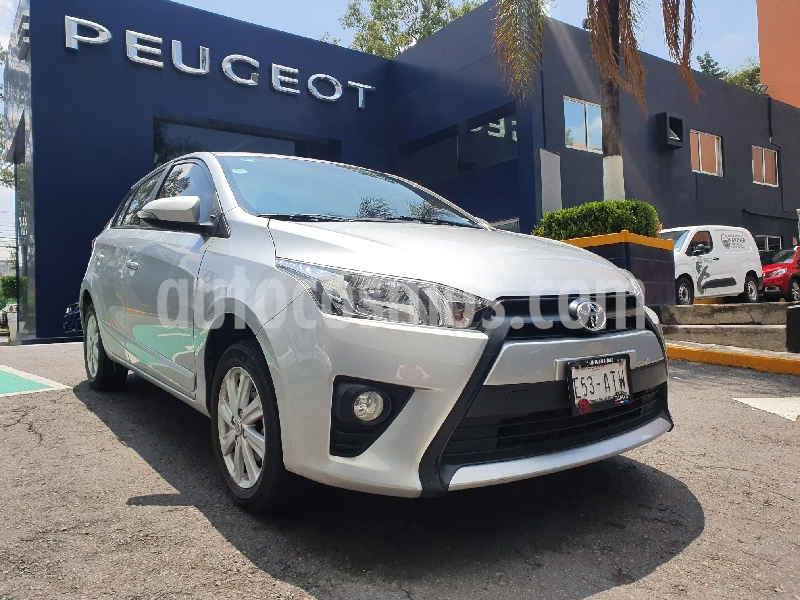 Toyota Yaris 5P 1.5L S Aut usado (2017) color Plata precio $186,900