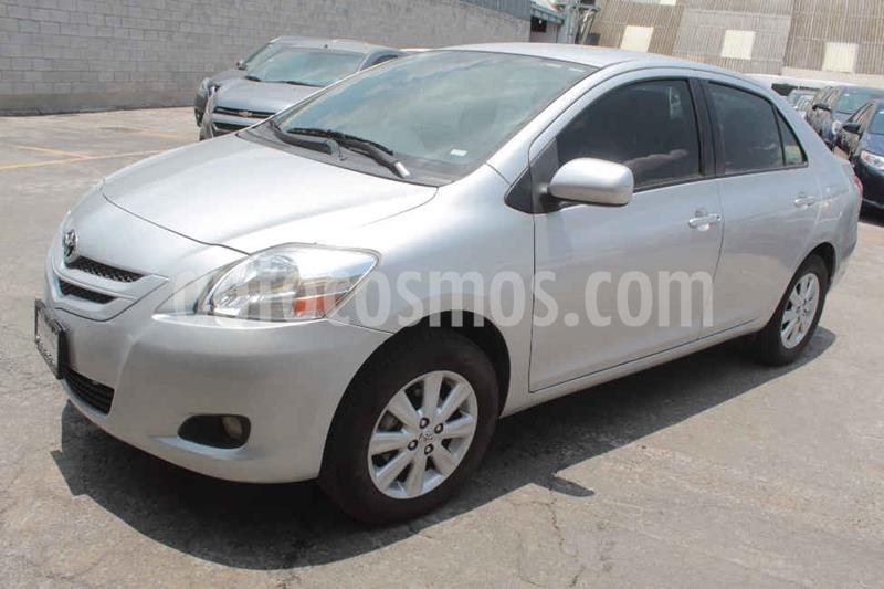Toyota Yaris Premium Aut usado (2016) color Plata precio $155,000