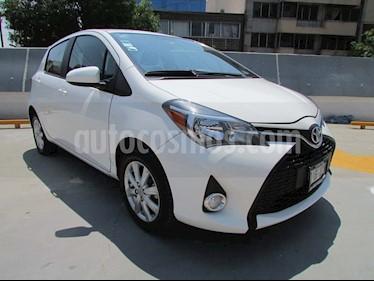 Toyota Yaris 5P 1.5L S Aut usado (2015) color Blanco precio $175,000
