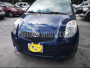 Foto venta carro usado Toyota Yaris Sport 1.3L (2007) color Azul precio u$s5.800