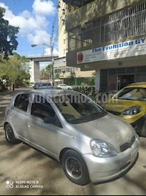 Toyota Yaris 1.3L 5P Aut usado (2000) color Plata precio u$s2.700