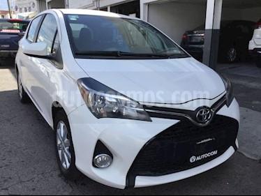 Foto venta Auto Seminuevo Toyota Yaris YARIS HB SE MT (2016) color Blanco precio $175,000