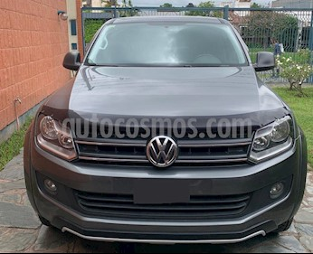 Volkswagen Amarok DC 4x2 Dark Label usado (2015) color Gris Off-Road precio $1.780.000