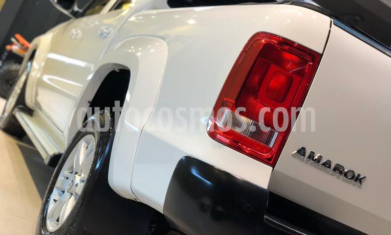 Volkswagen Amarok DC 4x2 Trendline (180Cv)  usado (2015) color Blanco Cristal precio $1.600.000