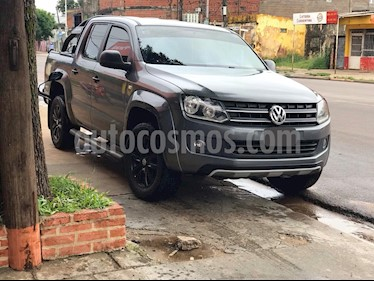 Volkswagen Amarok DC 4x2 Dark Label  usado (2015) color Gris Off-Road precio $1.290.000