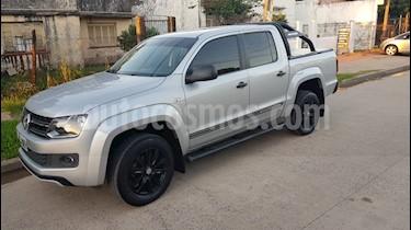 Foto venta Auto usado Volkswagen Amarok DC 4x2 Dark Label  (2015) color Plata Reflex precio $950.000
