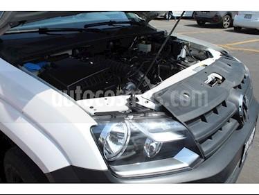 Volkswagen Amarok Entry 4x2 TDi  usado (2017) color Blanco precio $310,000
