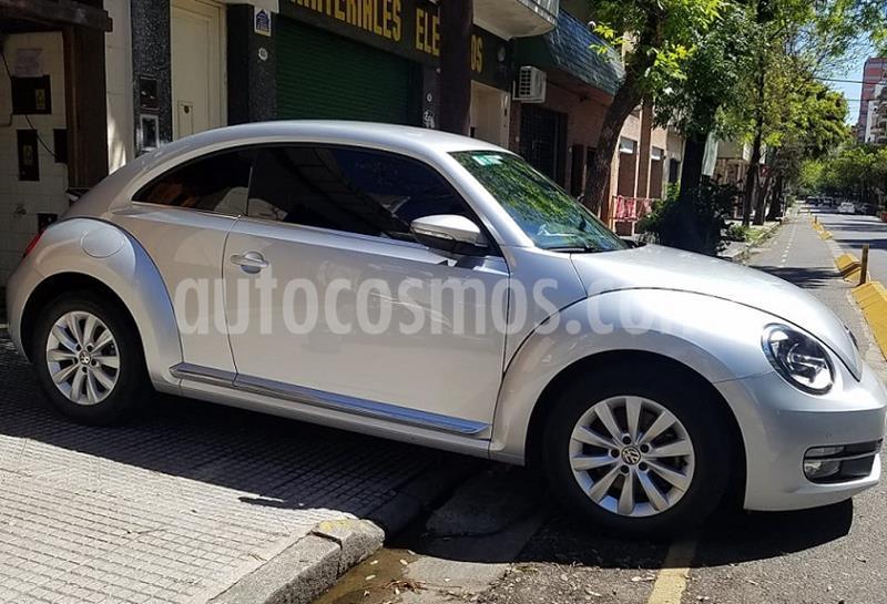 Volkswagen Beetle 1.4 TSI Design usado (2014) color Gris Platina precio $1.520.000