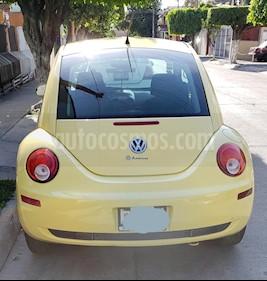Volkswagen Beetle GLS 2.0 usado (2009) color Amarillo Sunflower precio $90,000