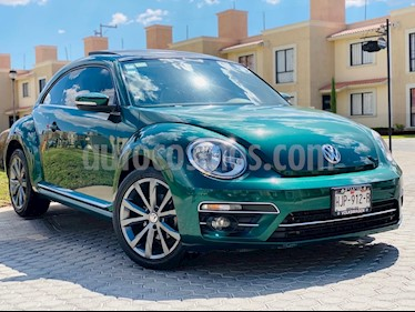 foto Volkswagen Beetle Sportline usado (2017) color Verde precio $240,000