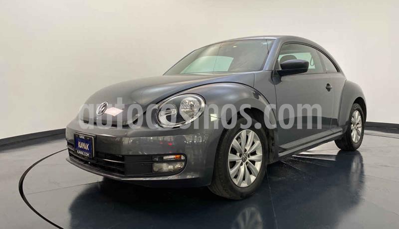 Volkswagen Beetle Turbo usado (2014) color Gris precio $182,999