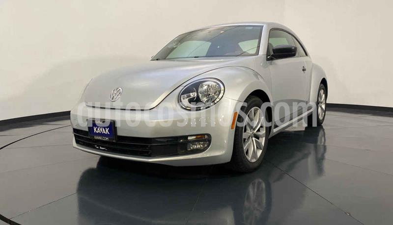 Volkswagen Beetle STD usado (2012) color Plata precio $154,999