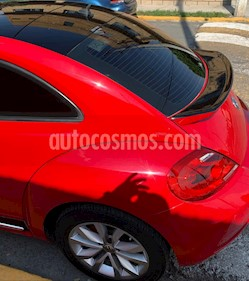 Volkswagen Beetle GLX 2.5 Sport Aut usado (2012) color Rojo Salsa precio $135,000